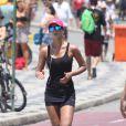 Letícia Wiermann corre na orla do Leblon, Zona Sul do Rio de Janeiro, na tarde deste domingo, 26 de janeiro de 2014