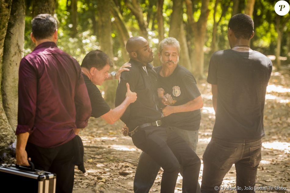 João Amaro (Rafael Zulu) é preso em flagrante, na novela 'Sol Nascente', em 12 de janeiro de 2017