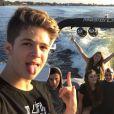 João Guilherme Ávila posou com amigos durante a viagem em Orlando