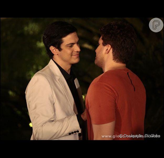 Niko (Thiago Fragoso) Félix (Mateus Solano) em 'Amor à Vida'