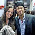 Bruna Marquezine e Neymar reataram o namoro após breve término no Réveillon