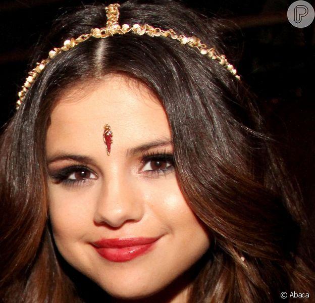 Selena Gomez passou duas semanas na clínica de reabilitação, em 5 de fevereiro de 2014