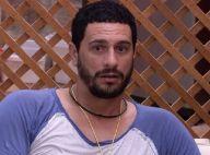 'BBB17': Daniel descobre que Roberta é a fim dele e reação vira meme. 'Atônito!'