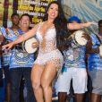 Preparação de Raissa de Oliveira, rainha de bateria da Beija-Flor, para o carnaval envolve muita malhação, aulas de luta e pilates