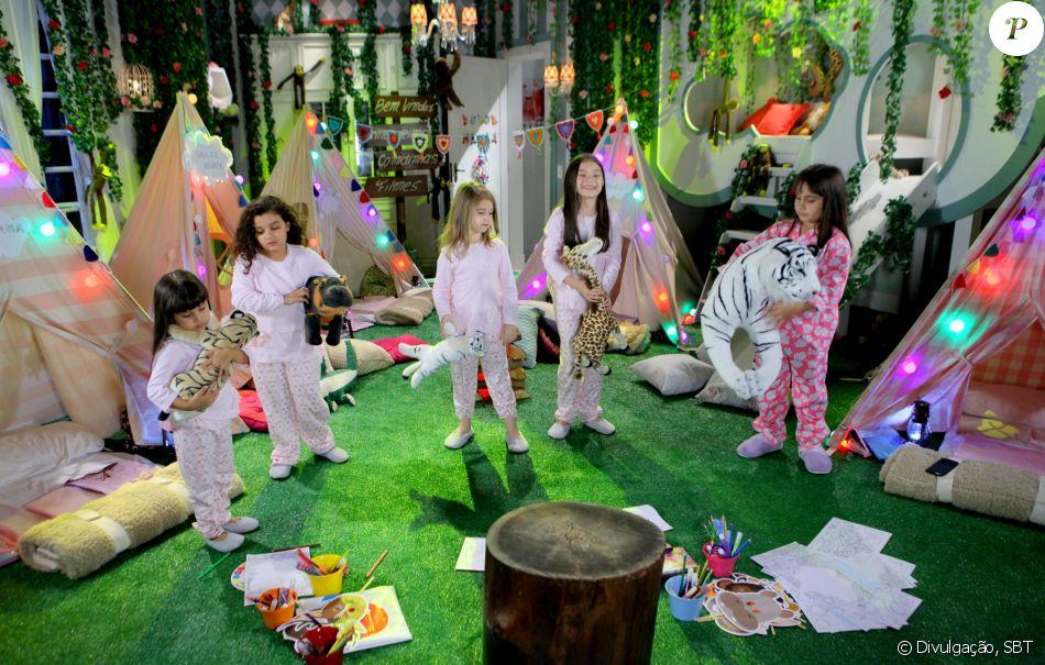 Dulce Maria (Lorena Queiroz) convida quatro meninas para participarem de sua festa do pijama na casa  Gustavo (Carlo Porto)   , no capítulo que vai ao ar sexta-feira, dia 24 de fevereiro de 2017, na novela 'Carinha de Anjo'