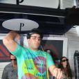 André Marques se apresentou como DJ na festa de 10 anos da boate Privilége e deixou a pista cheia até as 10h da manhã
