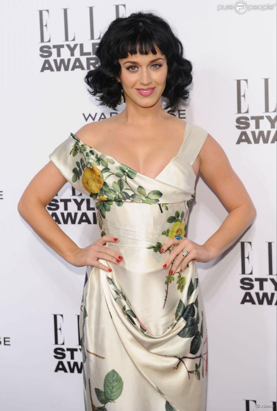 Katy Perry é eleita a Mulher do Ano no Elle Style Awards, em Londres, na Inglaterra, em 18 de fevereiro de 2014