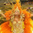 Susana Vieira era pura emoção durante o desfile da Grande Rio, em 2009, quando cruzou a Avenida fantasiada de fênix