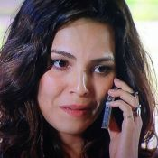 Tainá Müller brinca com erro na novela 'Em Família': 'Marina usa iPhone 6.9'