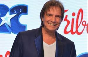 Após polêmica, Friboi volta a liberar comentários em comercial de Roberto Carlos