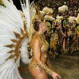 A fantasia usada no desfile da Grande Rio machucou Antonia Fontenelle nas costas, bumbum e em parte próxima às costelas. 'Não sou uma pessoa que entra na Avenida preocupada com fotógrafo ou câmeras de TV para posar bonitinha. Entro para quebrar tudo mesmo! Aí machuca, normal', disse ao Purepeople