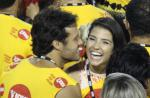Nando Rodrigues assume namoro com bailarina do 'Domingão do Faustão': 'Feliz'