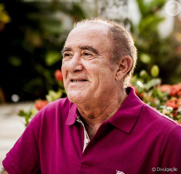 Renato Aragão é internado de novo. O atroteve febre e está com infecção urinária, em 22 de março de 2014