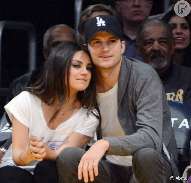 Mila Kunis está grávida de seu primeiro filho com Ashton Kutcher, em 24 de março de 2014