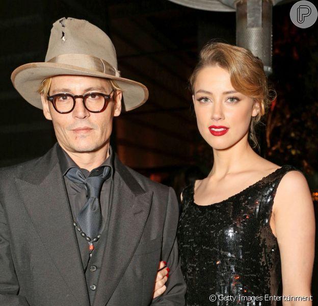 Johnny Depp se casou com a namorada Amber Heard em cerimônia secreta