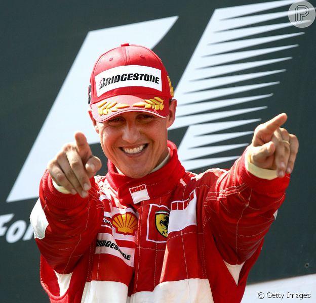 Michael Schumacher tem leve melhoras que trazem 'esperanças', diz porta-voz do ex-piloto alemão