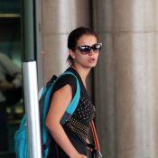 Milena Toscano, com crise alérgica, desembarca chorando em SP e não cancela peça