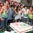 Felipe Simas comemora aniversário de 20 anos na companhia de familiares e amigos na quadra da Grande Rio, em 26 de janeiro de 2013