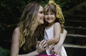Fernanda Rodrigues posa com a filha: 'Ser mãe é uma das minhas profissões'