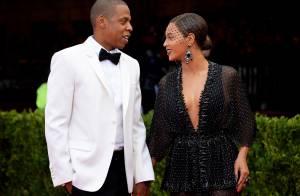 Beyoncé estaria apagando tatuagem que fez para Jay-Z