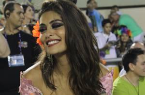 Juliana Paes diz que não será rainha de bateria no Carnaval 2015: 'Deprimida'