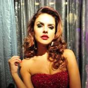 Rosângela (Paloma Bernardi) transa com Russo (Adriano Garib) em 'Salve Jorge'