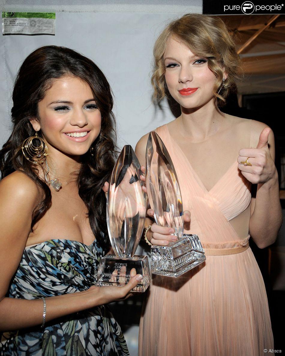 Recentemente, Taylor Swift e Selena Gomez posaram juntas para afirmar que  continuam amigas 0b91432a9c