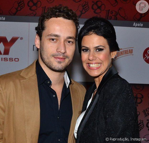 Rodrigo Andrade anuncia que vai se casar com a namorada, Joyce de Paulo (1º de junho de 2014)