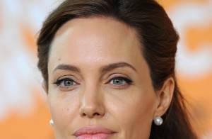 Angelina Jolie atrasa casamento por falta de madrinha: 'Ela não tem amigas'