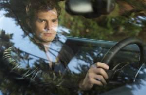Jamie Dornan surge como Christian Grey em 1ª foto oficial de '50 tons de cinza'