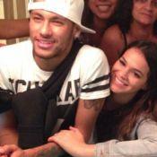 Neymar passa dia de folga com Bruna Marquezine em hotel no Rio: 'Surpresa dela'