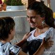 Clara (Giovanna Antonelli) não consegue contar para Ivan (Vitor Figueiredo) que está namorando Marina (Tainá Müller), na novela 'Em Família'