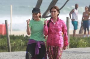Giovanna Antonelli e Julia Lemmetz gravam 'Em Família' em praia carioca