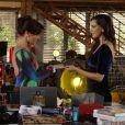 Marina (Tainá Müller) chega no estúdio com uma surpresa para Clara (Giovanna Antonelli): uma aliança