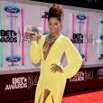 Claudia Jordan prestigia o BET Awards 2014