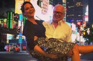 Luiza Brunet e Lírio Parisotto fazem viagem romântica e planejam casamento