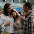 Luiza (Bruna Marquezine) viaja com os pais para Paris, no último capítulo da novela 'Em Família'