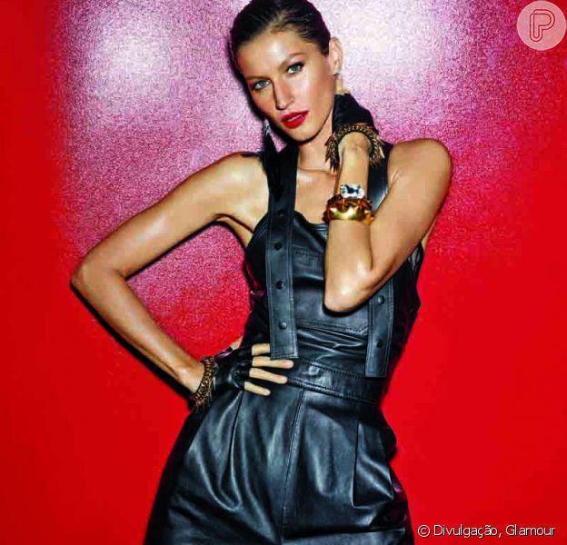 Gisele Bündchen posa com batom vermelho intenso e cabelo curto em capa da 'Glamour'