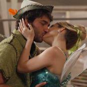 Novela 'Geração Brasil': demitido, Davi beija Megan e os dois começam a namorar