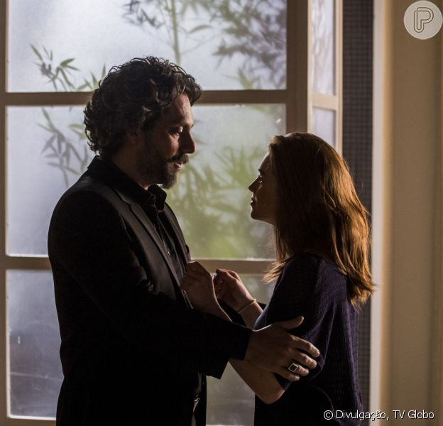 'Império': Maria Isis (Marina Ruy Barbosa) revela a José Alfredo (Alexandre Nero) estar grávida