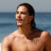 Rômulo Neto, o Robertão de 'Império', destaca suas tattoos preferidas pelo corpo