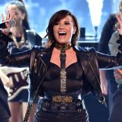 Estilosa, Demi Lovato faz 22 anos prestes a estrear a turnê 'Demi world tour'