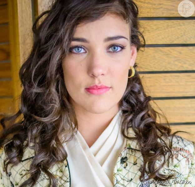 Novela 'Império': chegada de Amanda (Adriana Birolli) deixa Danielle (Maria Ribeiro) furiosa