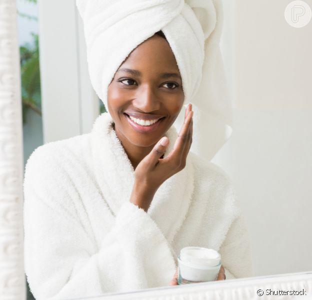 Como é feita a limpeza de pele profunda? Confira as dicas de dermatologista!