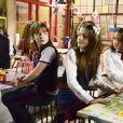 Poliana (Sophia Valverde) fala para Filipa (Bela Fernandes) que Verônica (Mylla Christie) e o Comitê do Laço Pink vão ajudar João (Igor Jansen) a entrar na escola