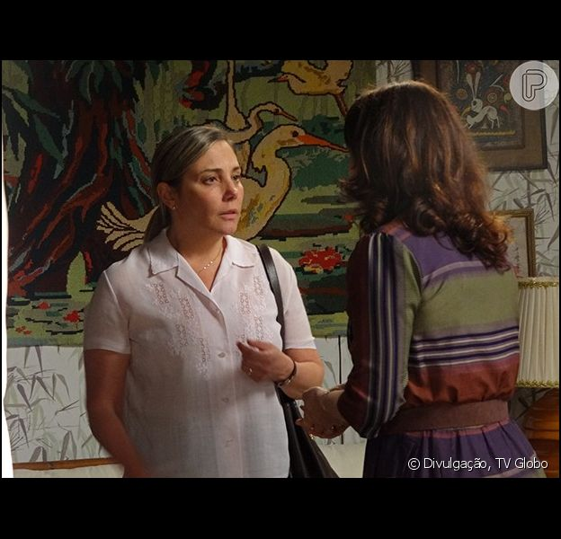 Beatriz (Heloísa Périssé) conta seu segredo para Célia (Thais de Campos), em 'Boogie Oogie', em 12 de setembro de 2014