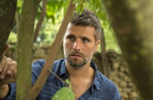 'O Sétimo Guardião': León revela maldição a Gabriel e o faz desistir de Luz