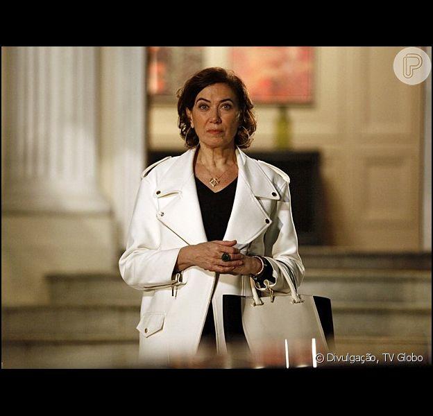 Maria Marta (Lilia Cabral) era garota de programa e vivia de dar golpes em homens ricos em 'Império'