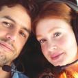 Marina Ruy Barbosa tem companhia do marido em dia de trabalho: 'Me apoia sempre'