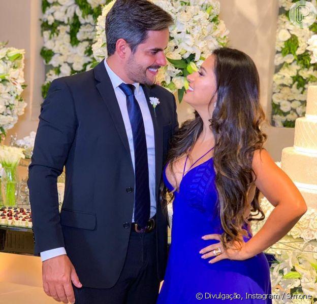 Simone e o marido, Kaká Diniz, curtiram casamento de amigos nesta quinta-feira, 20 de dezembro de 2018
